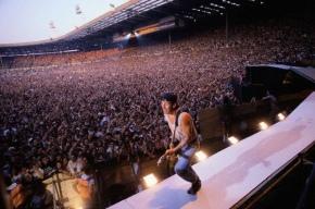 Bruce Springsteen Performing