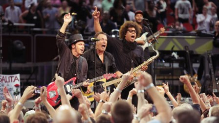 Bruce-Springsteen-announces-2014-Australian-tour